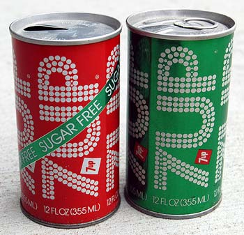 7up retro can